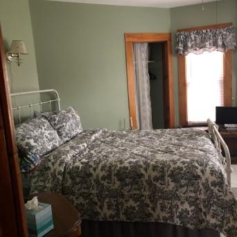 room 2 full bed